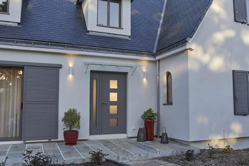porte d'entrée - menuiseries à Grenoble